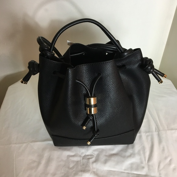c5f6f021bb Zara Knotted Bucket Bag